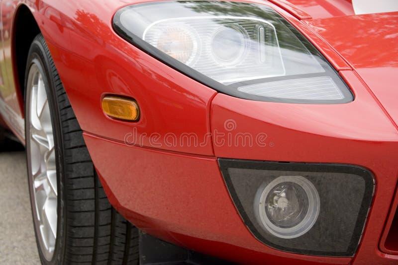 Aile avant - voiture de sport rouge images libres de droits