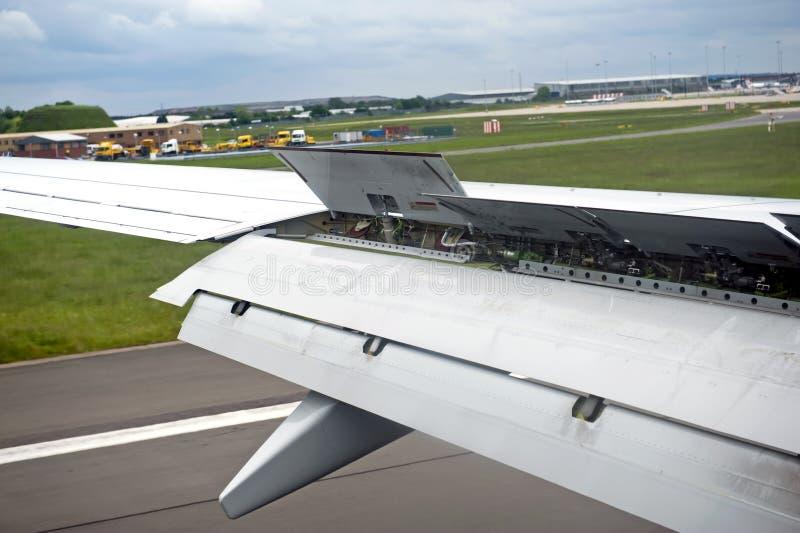 Aile d'avion photo stock
