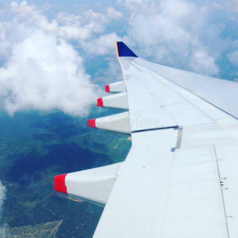 Aile d'un aéronef image stock