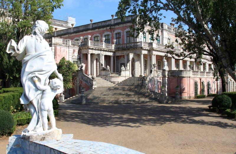 Aile de Robillon de palais national de Queluz, Portugal images stock