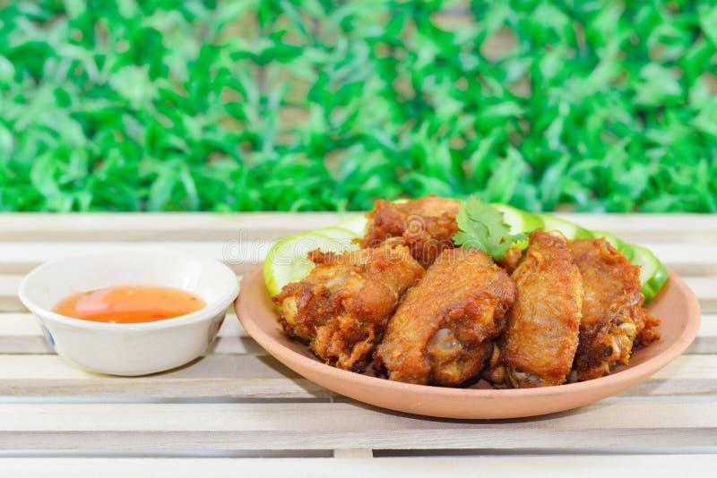 Ailes de poulet frit photo stock