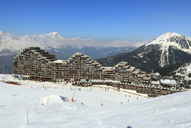 Aima 2000, ландшафт зимы в лыжном курорте Ла Plagne, Франции стоковые изображения rf