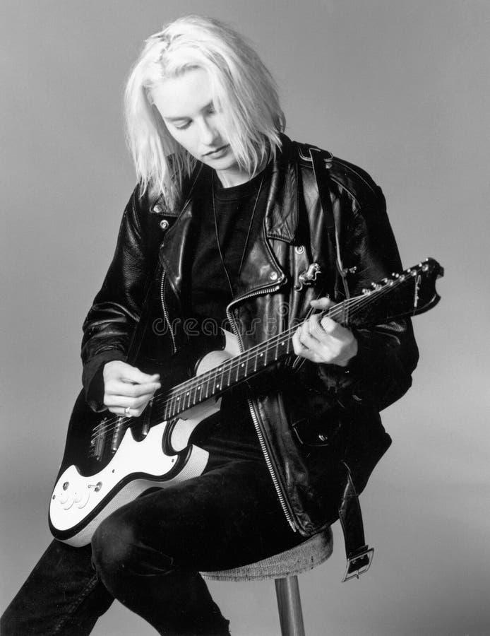 Aimee Mann de 'Til Tuesday se realiza en mi estudio de Boston en 1994 por Eric L Johnson Photography fotografía de archivo