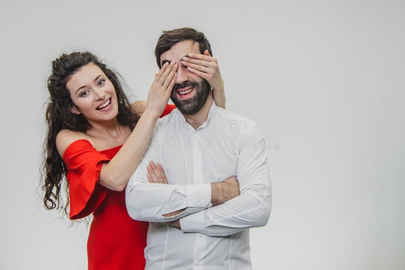 Aimez-moi avec vos yeux, fermant vos yeux Jour romantique du ` s de Valentine L'amour est une date romantique du concept romantiq photographie stock libre de droits