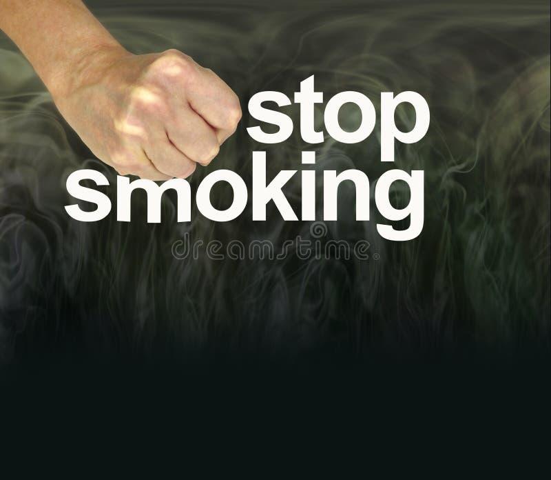 Aimez votre corps et emboutissez le tabagisme image libre de droits
