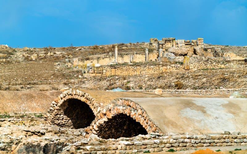 Ain Mizeh cisterner på Dougga, en forntida romersk stad i Tunisien arkivbilder