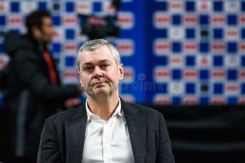 Ainars Bagatskis, treinador de anterior líder da equipe de basquetebol dos homens nacionais de Letónia foto de stock