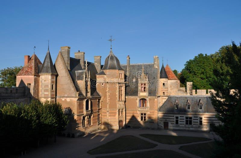 Ainay-le-Vieil castle photographie stock
