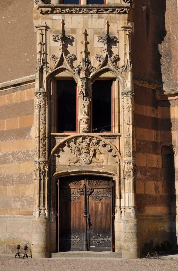 Ainay-le-Vieil chateau images stock