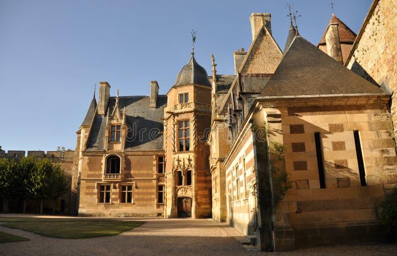 Ainay-le-Vieil chateau photographie stock