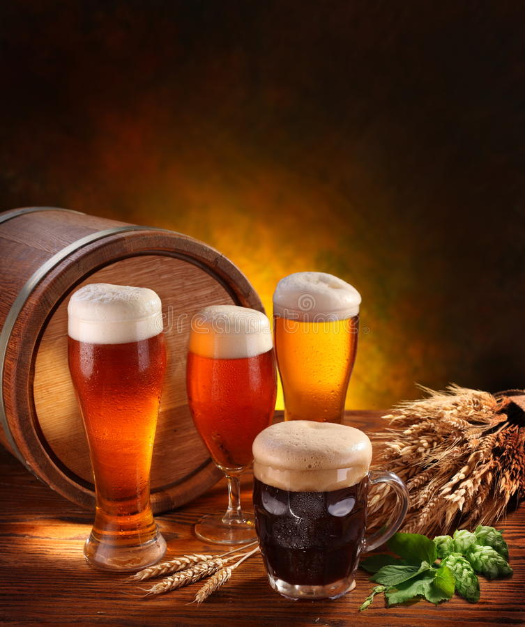 Ainda vida com cervejas da cerveja. foto de stock