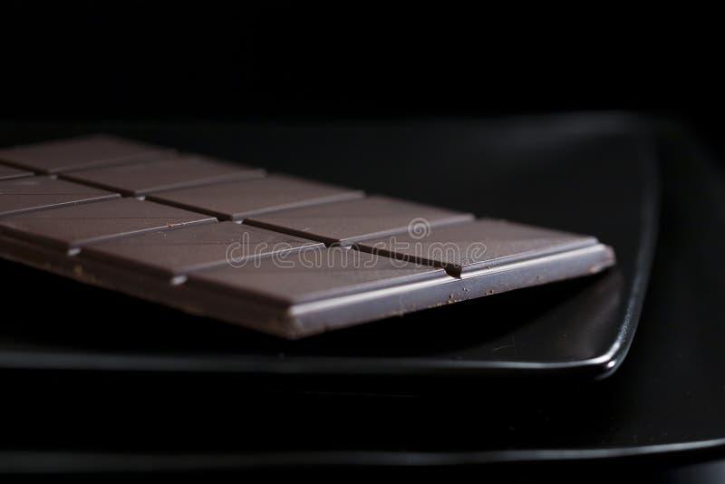 Ainda-vida escura com chocolate fotos de stock royalty free