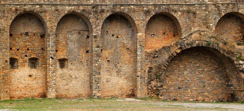 ainsa Aragon grodowa fortu Pyrenees wioski ściana zdjęcie royalty free