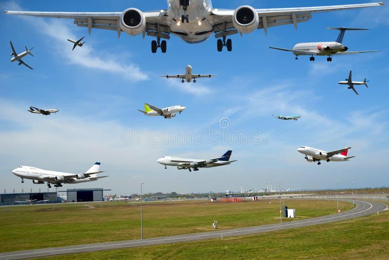 air airport hour plane rush traffic travel στοκ φωτογραφία με δικαίωμα ελεύθερης χρήσης