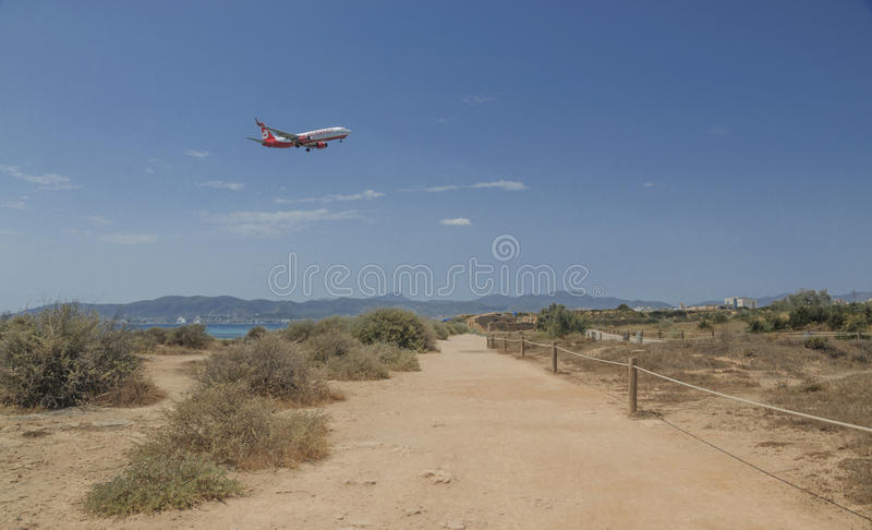Air Berlin die jetliner in Palma de Mallorca dalen stock foto