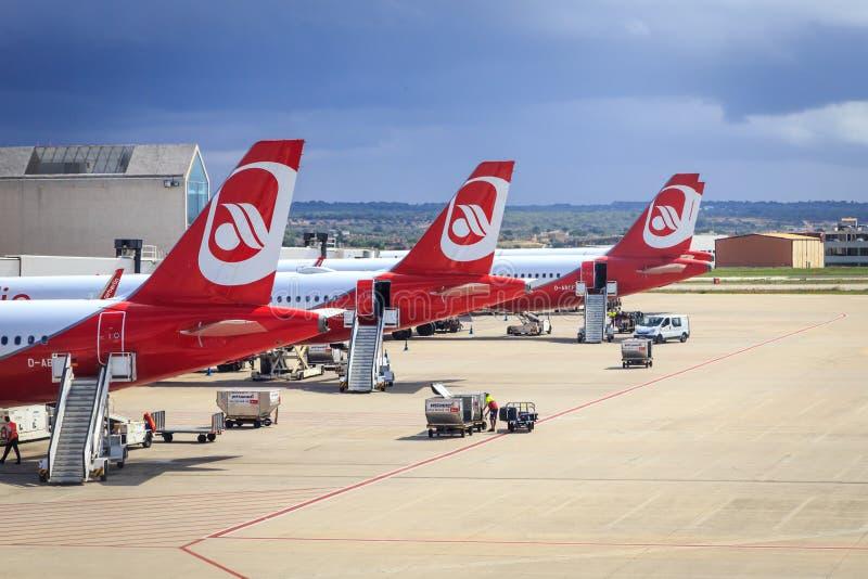 Air Berlin-vliegtuigen in Palma de Mallorca royalty-vrije stock foto's