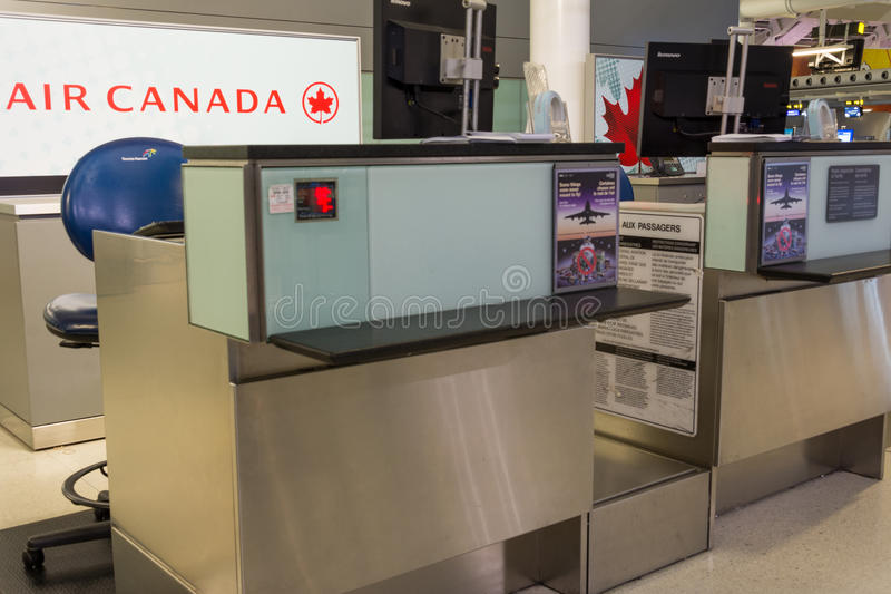 Download Air Canada Counter editorial stock image. Image of luggage - 33782309