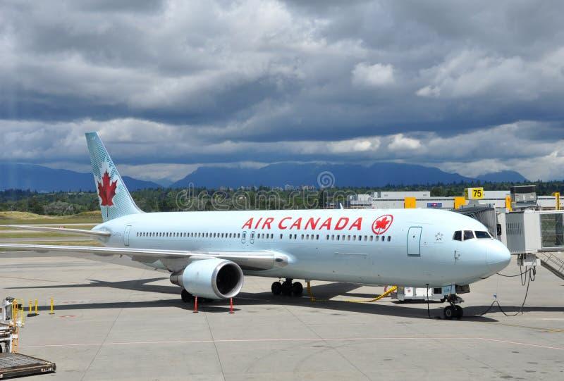 Air- Canadaflugzeug stockfoto