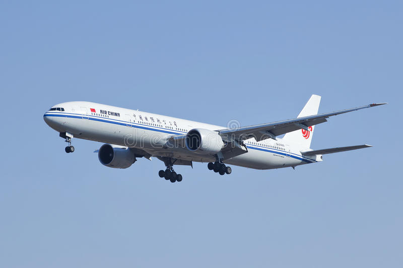 Air China Boeing 777-300, B-2088 landing in Beijing, China royalty free stock images
