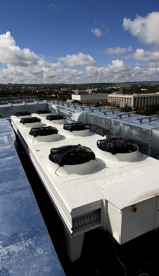 Free Air Conditioning Unit On Roof Royalty Free Stock Photography - 11213927