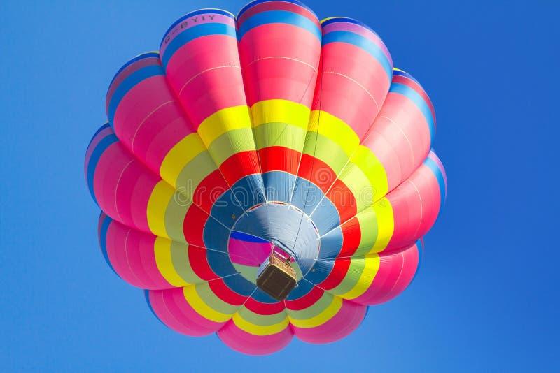 air färgrikt varmt för ballong arkivbild