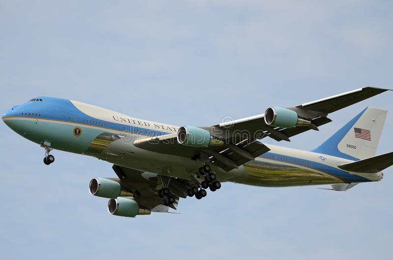 Air Force One. Approaching Atlantic City International Airport during Touch and Go maneuvers stock photography