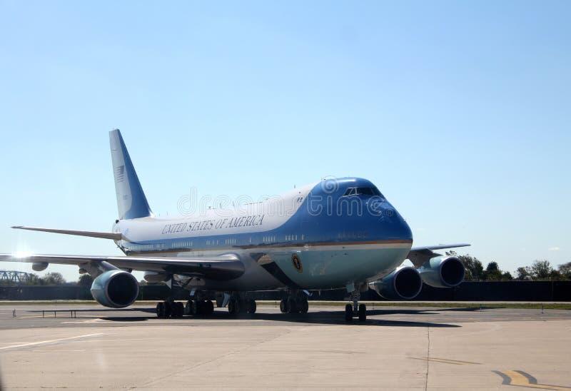 Air Force One que Taxiing em JFK New York City internacional, New York fotos de stock