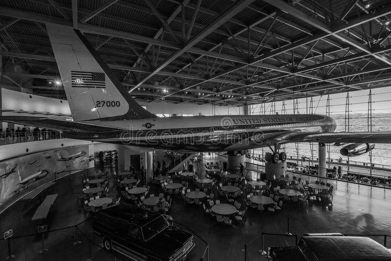 Air Force One In Ronald Reagan Presidential Library ...