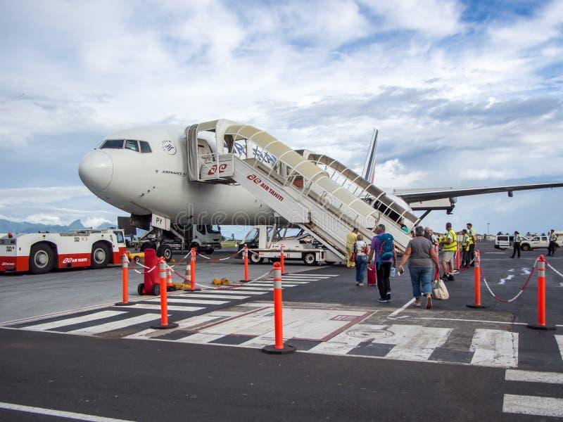 Air France Boeing B777 στο FA ` ένας διεθνής αερολιμένας ` 5$α , Papeete, Ταϊτή, γαλλική Πολυνησία στοκ εικόνες