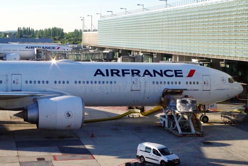 Air France-vliegtuig in voorbereiding voor volgende reis royalty-vrije stock foto's