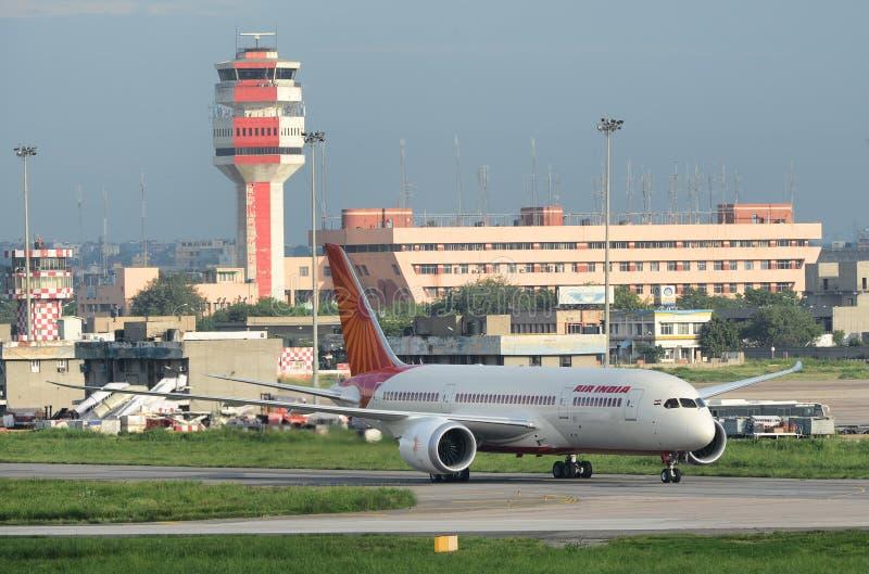Download Air India Primeiro Boeing 787 Dreamliner Imagem Editorial - Imagem de runway, transporte: 26523355