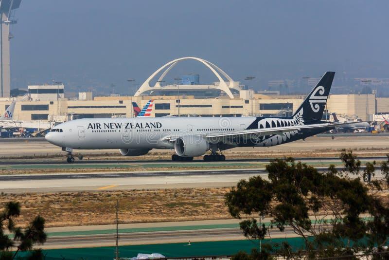 Air New Zealand Boeing 777 royaltyfria bilder