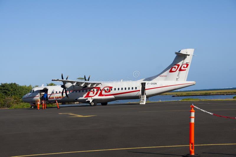 Download Air Tahiti ATR72 Loading Editorial Stock Photo - Image: 24053398