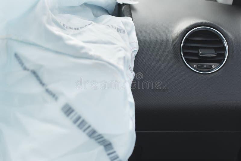 Airbag del choque de coche, azul, saco hinchable de la inscripción foto de archivo
