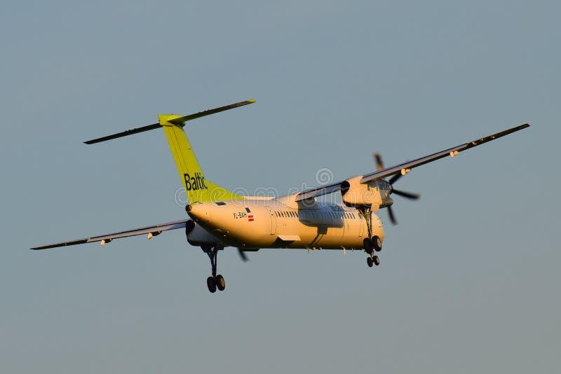 AirBaltic-Bombardier Streepje 8 stock afbeeldingen