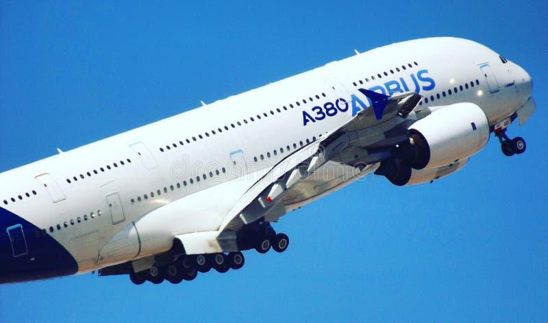 Airbus απογείωσης a380 στοκ φωτογραφία με δικαίωμα ελεύθερης χρήσης