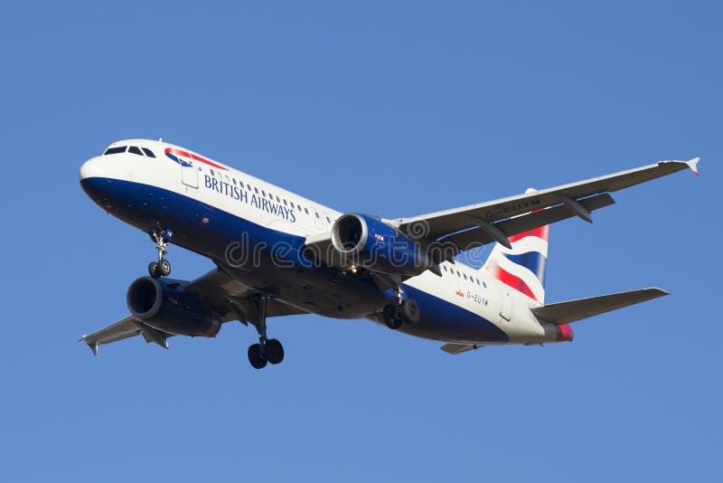 Airbus A320-232 γ-EUYM British Airways κατά την πτήση στοκ εικόνες
