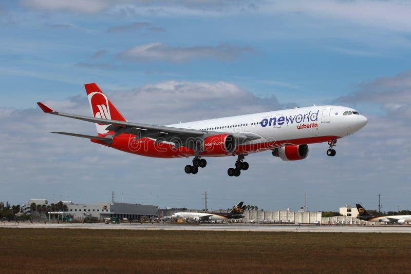 Airbus του Βερολίνου αέρα A330 στοκ εικόνες με δικαίωμα ελεύθερης χρήσης