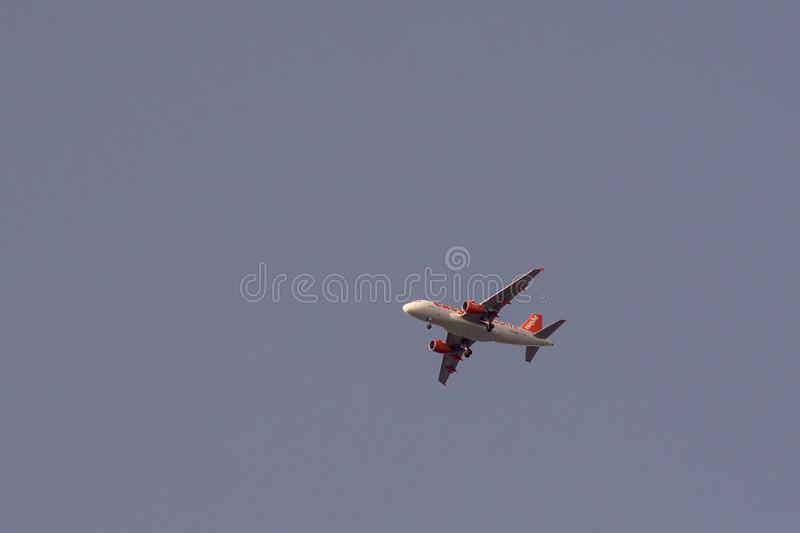 Airbus A319-111 de l'atterrissage d'EasyJet de société images libres de droits