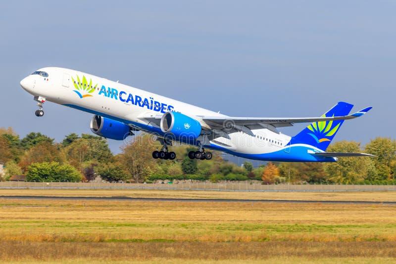 Airbus A350 do ar Caraibes imagens de stock
