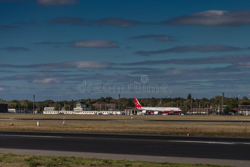 Airbus A340 do presidente turco apenas chegou em Berlin Airport imagem de stock royalty free