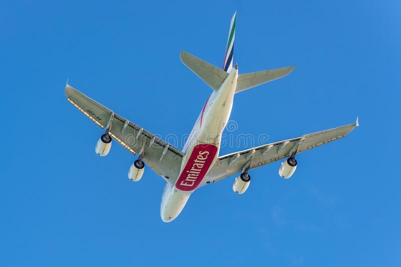 Airbus A380 - les plus grands avions de transport de passagers du monde images stock