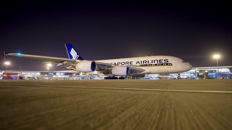 Airbus 380 Singapore Airlines llega en la India fotos de archivo libres de regalías