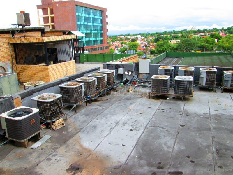 Airconditioningssystemen royalty-vrije stock afbeeldingen