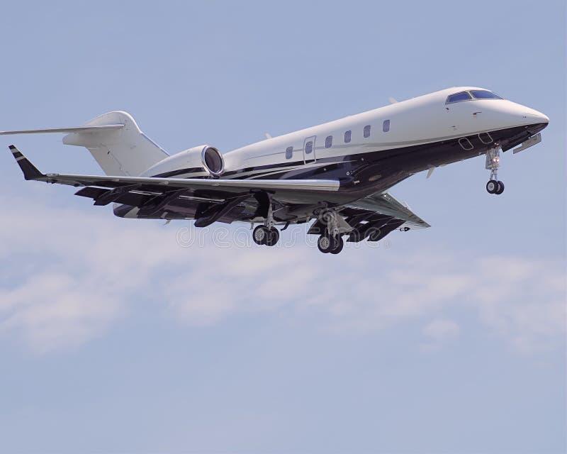 aircraft approach civilian royaltyfri foto