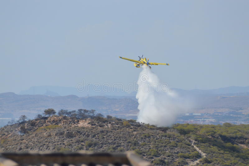Aircraft Fighting A Bush Fire - Fire Fighters Bush Fores Plane royalty free stock photos