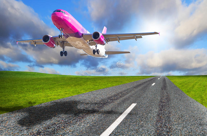 Download Aircraft Starting From The Airport Stock Photo - Image: 38955730