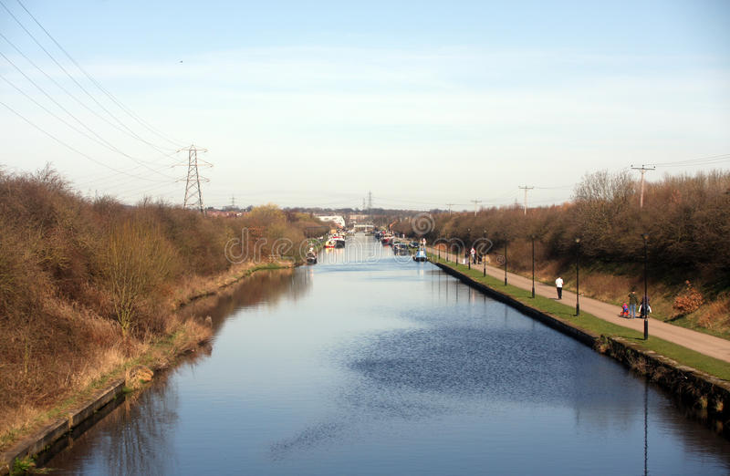 Download Aire & Calder Navigation Canal Stock Image - Image: 23807999