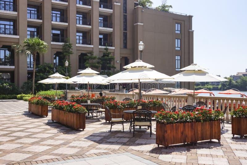 Aire de loisirs extérieure d'hôtel photographie stock libre de droits