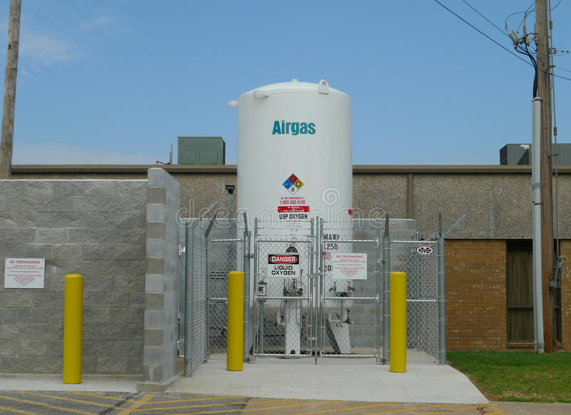 Airgas-Behälter außerhalb des Krankenhauses in Oklahoma stockfotografie
